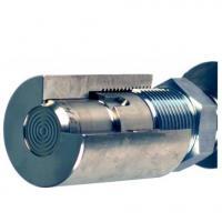 détail du raccordement métal-métal